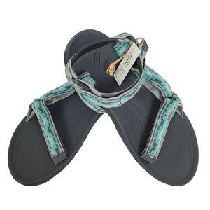 NWT Teva sz 11 Winstead rugged sandals
